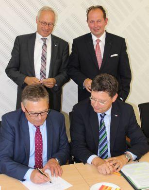 Unterzeichnung_hoch