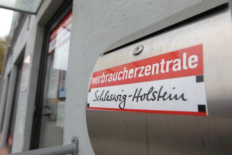 Briefkasten der Verbraucherzentrale Schleswig-Holstein in Flensburg