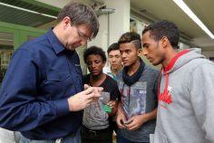 An der Handwerkskammer werden junge, minderjährige Flüchtlinge auf eine AUsbildung vorbereitet