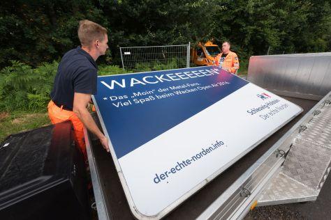 Der echte Norden grüßt alle Wacken-Fans in der Abfahrt Wacken der A23