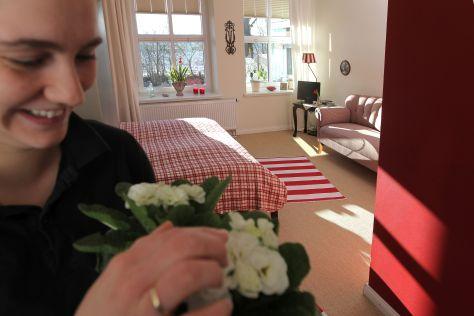 """Die Frühstückspension """"Alte Landschule"""" in Langballig bietet hochwertige günstige Zimmer."""