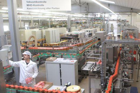 Fleischwarenproduktion bei der Böklunder Plumrose GmbH & Co (Zur Mühlen Gruppe)