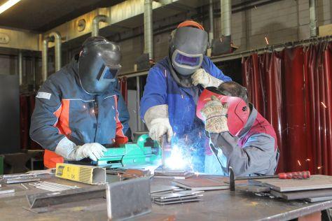 An der Handwerkskammer Flensburg werden Aus- bzw. Weiterbildung weiterbilden weiter bilden Lehrgänge zum Geprüften Schweißer angeboten
