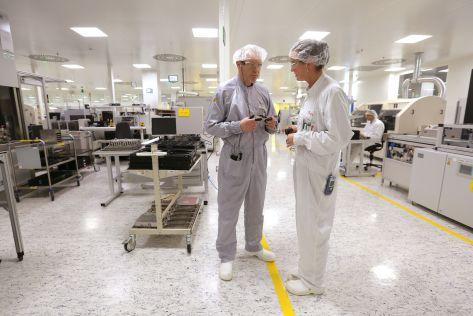 Bei Danfoss Silicon Power werden Elektronische Bauteile gefertigt
